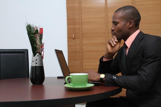 Bien choisir son agence de placement d'assistant virtuel ?