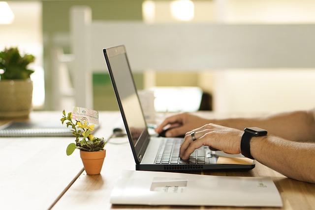 Business en ligne : boostez votre performance grâce à ces 5 solutions