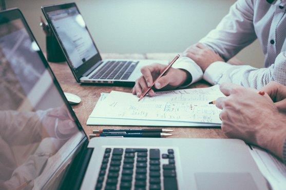 Comment déléguer des tâches à une assistante virtuelle ?