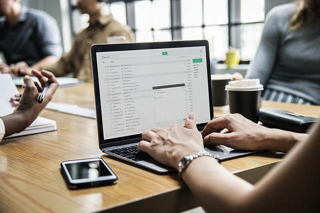 Déléguez la gestion de vos e-mails à nos assistantes virtuelles !