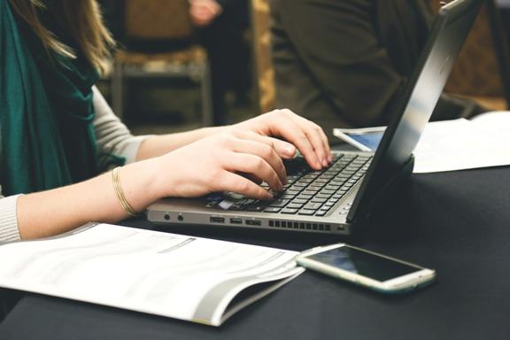 trouver la bonne rédactrice web